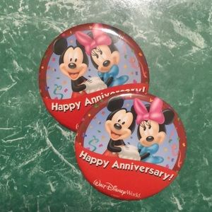 Disneyworld celebration button happy anniversary